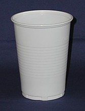 Kunststoff - Plastik Becher weiss 400ml 75 Stück Made in Europe