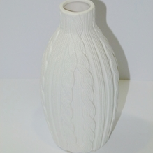 Vase in Strickoptik weiß