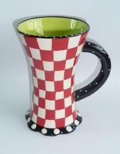 Design-Becher Keramik handgemalt Dekor rot-weiß kariert