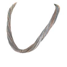 Synthetisches Seiden-Collier in grau-kupfer mit Magnetverschluß aus Stahl