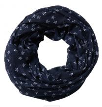 Schlauch-Tuch mit Sternen