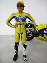 MCH60246 Minichamps Fahrerfigur 1:12 Valentino Rossi stehend 2006