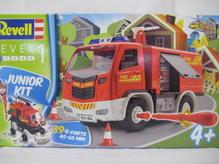 RE00804 Revell Junior Bausatz Feuerwehr Truck 1:20