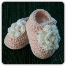 Mollig warme Babyschuhe *Roses* ...rose & weiß