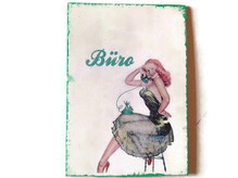 Pin-Up Türschild Büro, witziges Geschenk z.B. zu Valentinstag, Geburtstag etc.